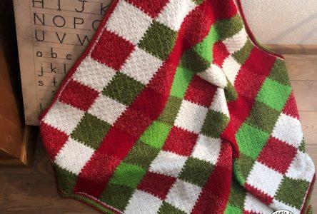 Een gehaakt kerstdekentje in corner to corner (haakblog 65)