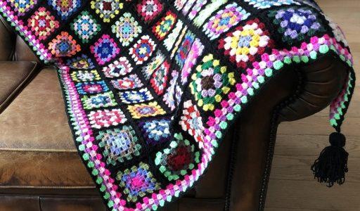 aan de haak blog 46 een granny square deken in zwart