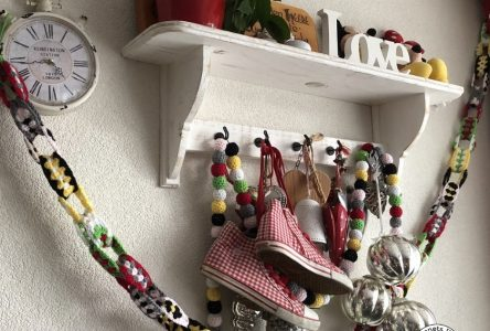 Een gehaakte granny stripes slinger (haakblog 50)