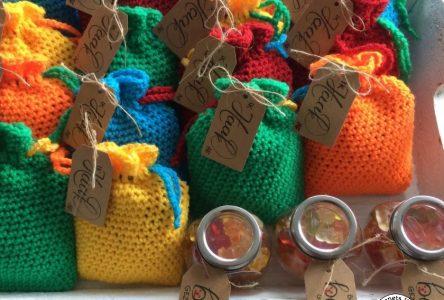Gehaakte cadeauzakjes als traktatie (haakblog 55)
