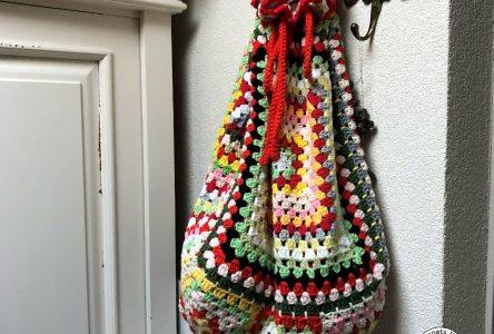 Een gehaakte granny square tas (haakblog 75)