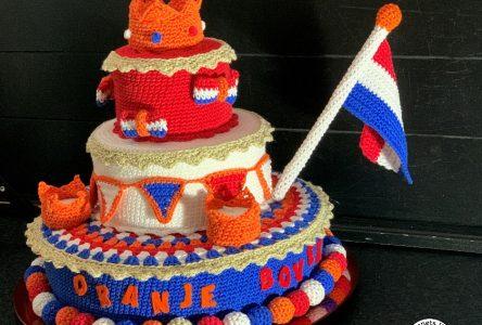Een gehaakte taart voor Koningsdag (haakblog 90)