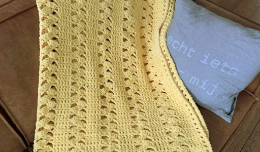 gehaakte deken van chenille garen
