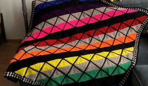gehaakte glas-in-lood deken haakblog